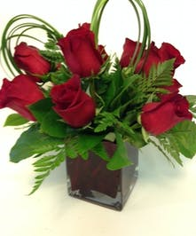 Sweetest Day Special of nine of the finesst roses.....